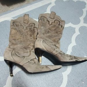 Kenneth Cole Reaction Heeled Cowboy Boots 9